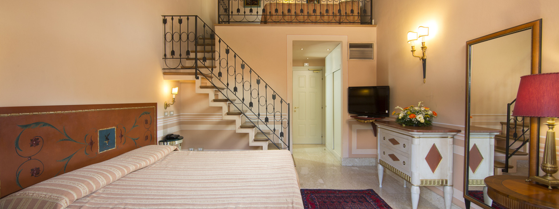 Hotel Siena con Parcheggio Privato – Il Piccolo Castello